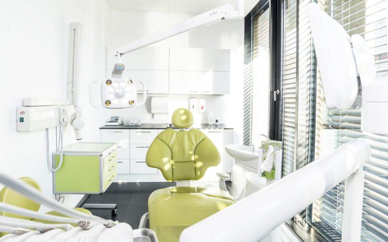 Centrum chirurgii i estetyki twarzy gabinet stomatologiczny klinika we Wrocławiu